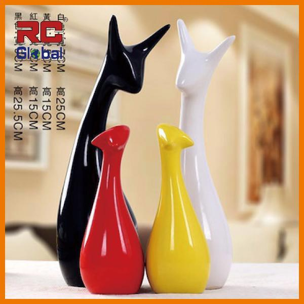 RC-Global Deer Families of 3 / 4 - Modern Handicrafts CNY Home Decor Gift for Xmas Wedding House warming New Year ( 3 / 4 口鹿之家 - 现代感手工艺品圣诞结婚搬家礼品)3 / 4 pcs/set