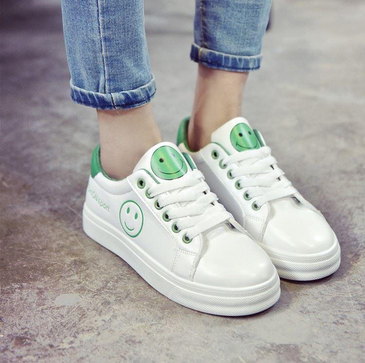 12-17 ปีสำหรับฤดูใบไม้ร่วง 14 นักเรียนมัธยมต้นสีขาวรองเท้า 16 มัธยมศึกษาตอนปลายนักเรียน 15 เล็กๆน้อยๆเด็กหญิงสไตล์เกาหลีกีฟาลำลองราคาถูก By Taobao Collection.