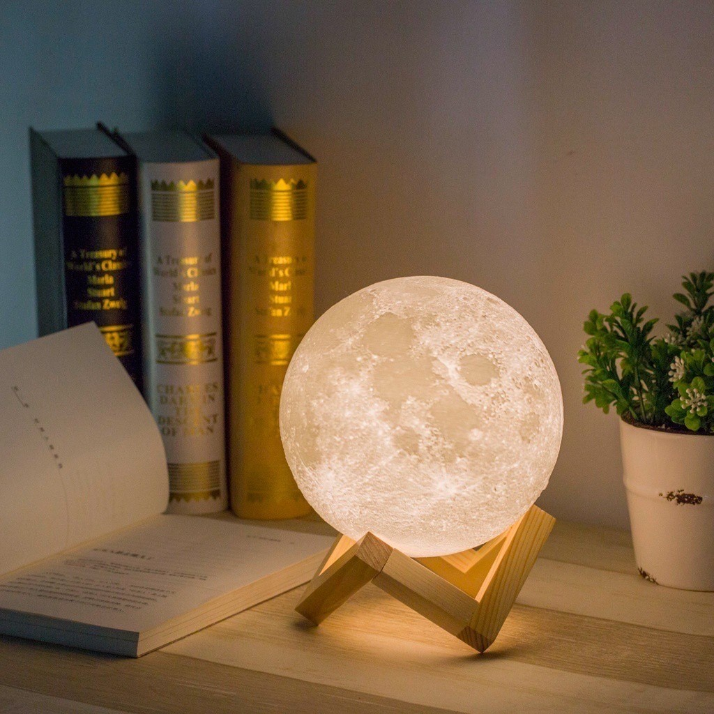 Creative 3D Printing Moon Lunar USB Rechargeable LED Night Light Moonlight