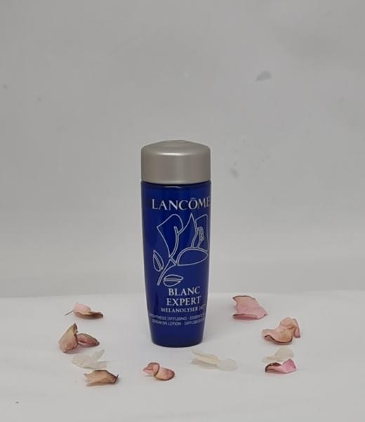 Buy Lancome Blanc Expert Melanolyser AI Essence in Lotion 15ml Singapore