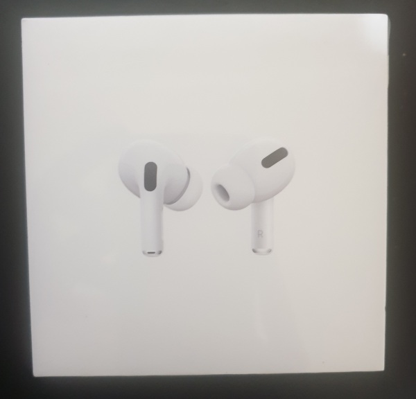 Apple Airpods Pro With Wireless Charging Case Singapore