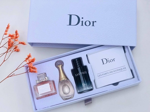 Buy Dior Les Parfums Iconiques Set for Unisex With 2x5ml & 1x10ml Singapore