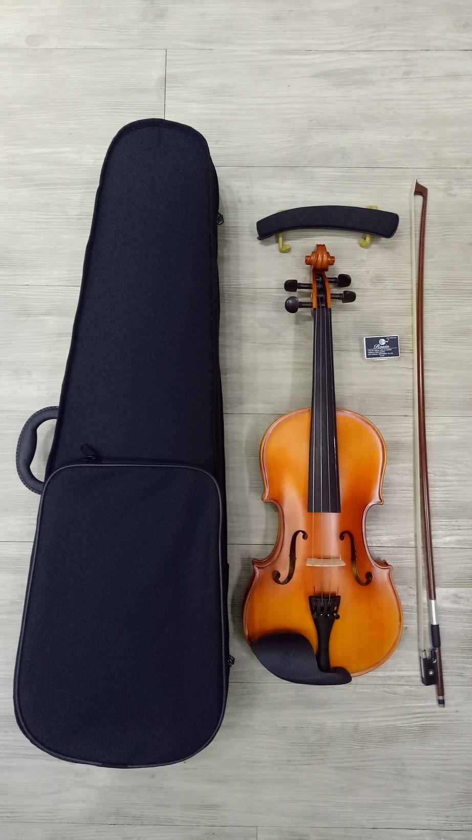 1/8 Antonio Stradivari American Brand Handcrafted Violin With Violin Shaped Case, Bow, Rosin And Free Shoulder Rest.