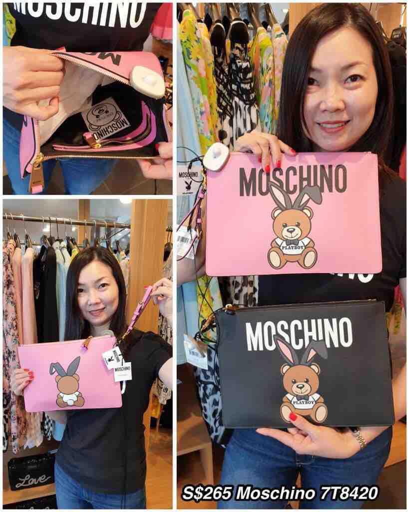 Moschino 7T8420 Wristlet