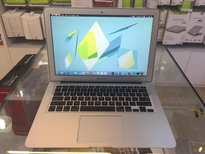 Mac Book Air (Catalina) 13-inch Early 2014