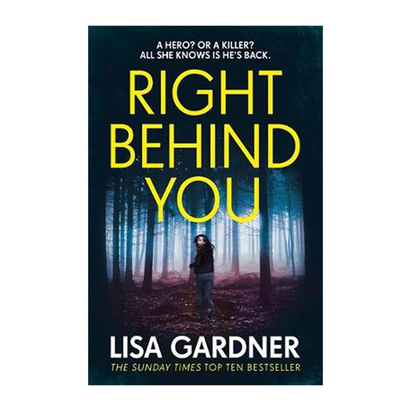 Right Behind You (Paperback)