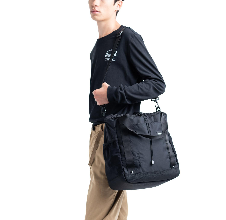 9d7ba680c79 Herschel Supply Co. Barnes Trail Tote Bag 2 Way Hand bag Crossbody Bag  Business Bag