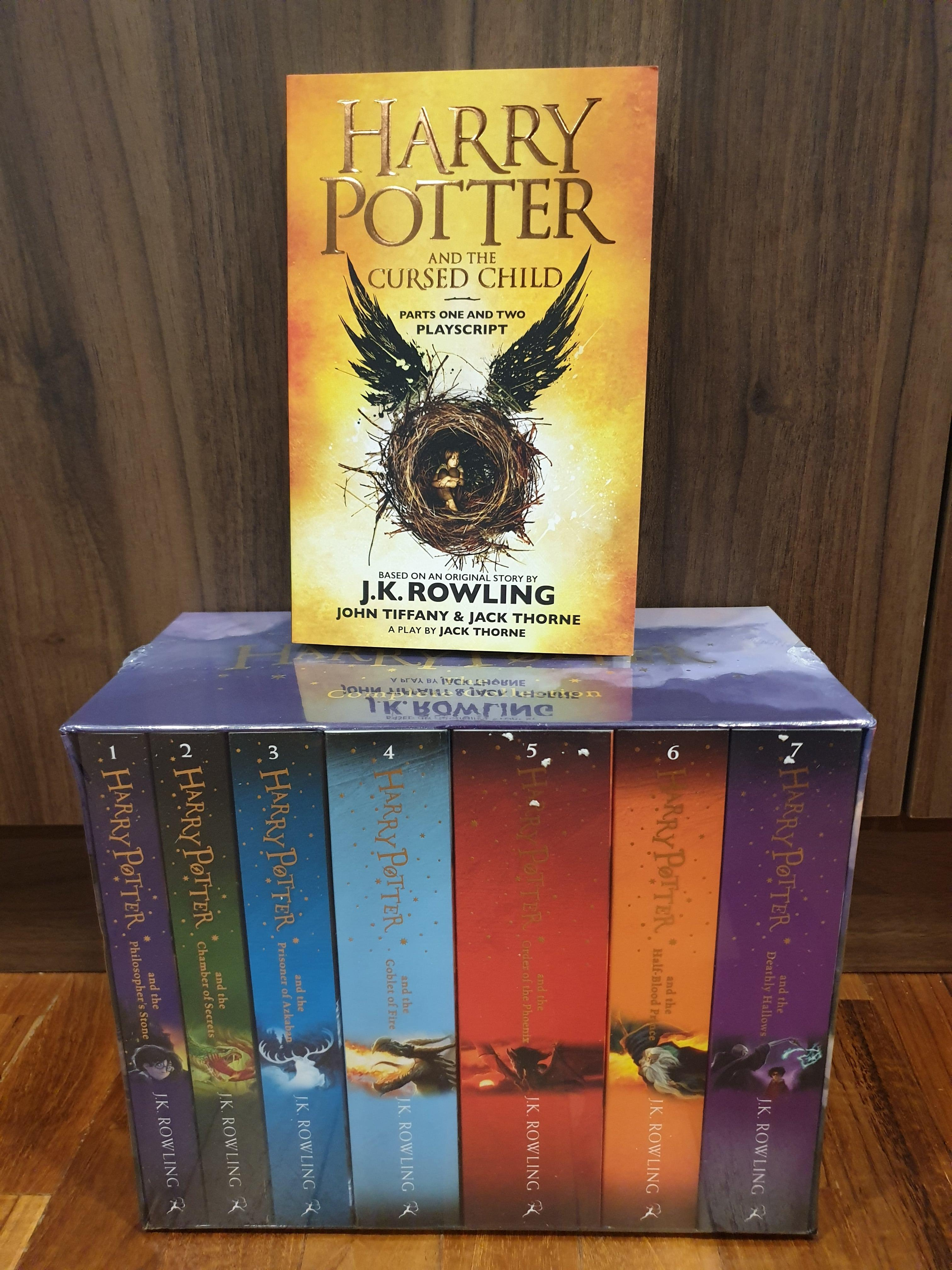 NEW & SEAL Harry Potter Completely Box Set with Free Gift!!