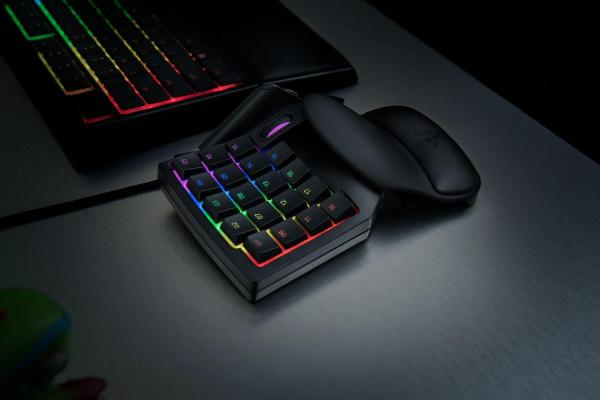 Razer Tartarus V2 Mecha-Membrane Gaming Keypad Singapore