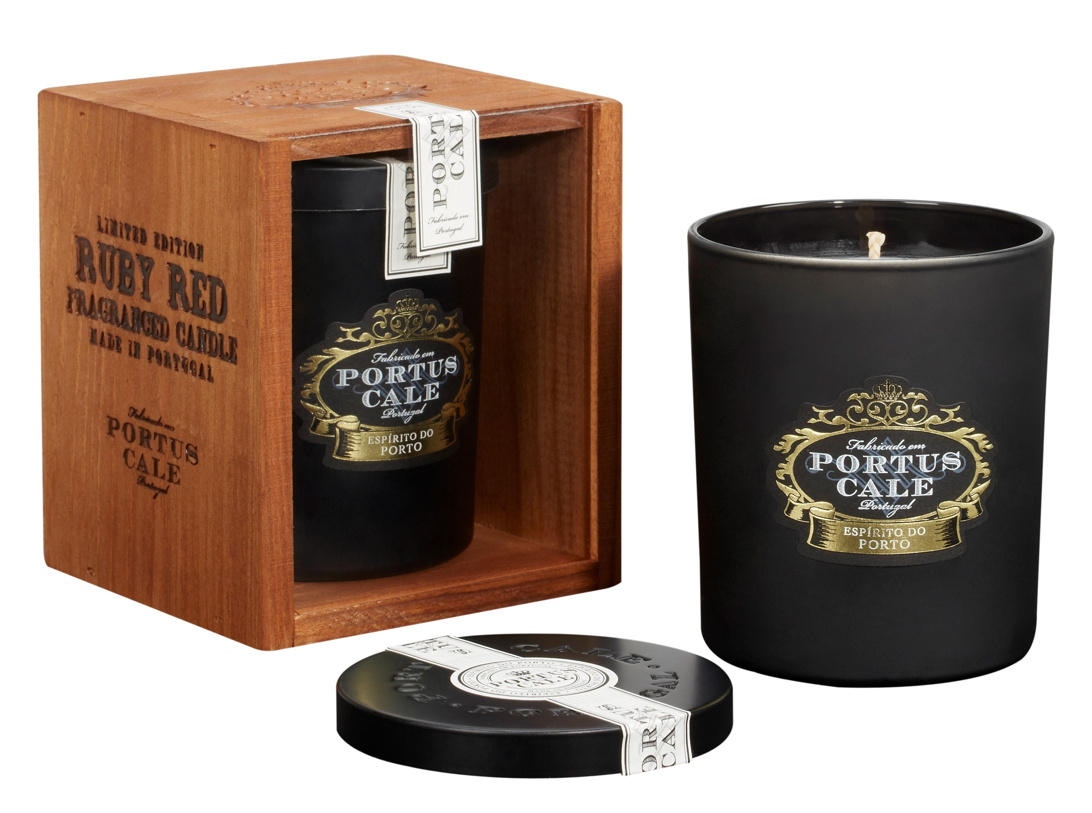 Portus Cale - Ruby Red Candle